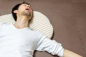 夏の睡眠の質を上げるスタンフォード式睡眠法とは?